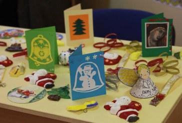 Targ de Craciun caritabil, la scoala Nichita Stanescu din Baia Mare