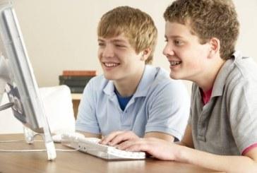 Retelele de socializare influenteaza viata copiilor: Avantaje vs. dezavantaje
