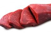 Europenii mănâncă mai puţină carne, iar supraoferta se acumulează
