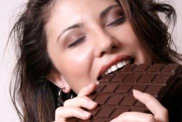 Opinia nutritionistului: Ciocolata neagra – beneficiu sau scuza?