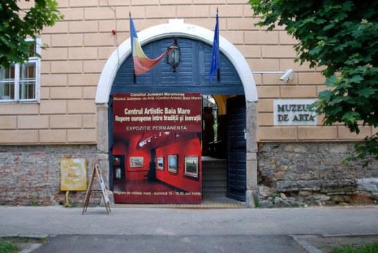 Expozitie de tapiserie si sculptura la Muzeul Judetean de Arta