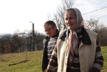 Vocea Baimareanului: Fara drum de acces, apa si canalizare (VIDEO)