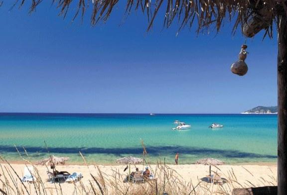 Destinatii de vacanta: Skiathos, insula cu peste 60 de plaje cu nisip