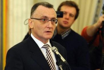 Iohannis l-a desemnat premier interimar pe ministrul Educatiei