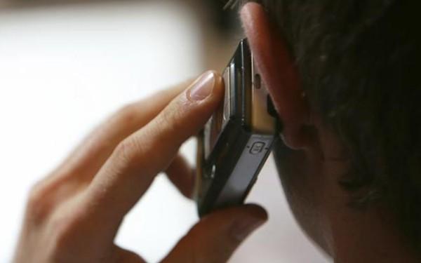 telefon creier