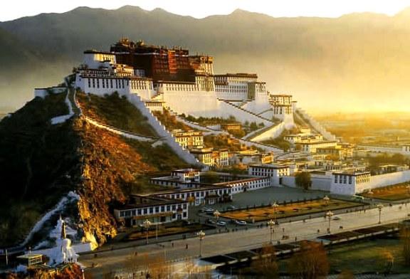 Tibetul a cunoscut un boom turistic in 2014