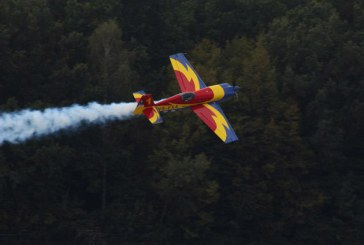 Spectacol aviatic pe Aeroportul International Baia Mare