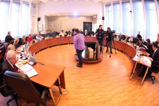 Pentru 2015, Baia Mare are buget. Dormim linistiti. Va fi votat in unanimitate