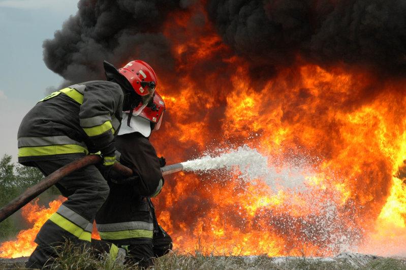 incendiu pompieri primaria baia mare
