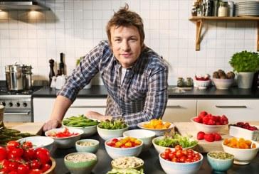 Jamie Oliver: Zaharul poate distruge vieti si ar trebui impozitat la fel ca tutunul