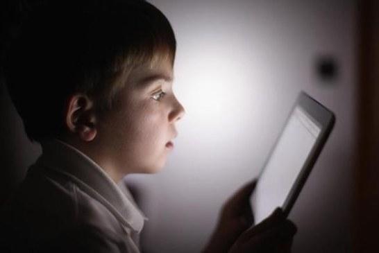 Ce efecte are asupra copiilor hartuirea online