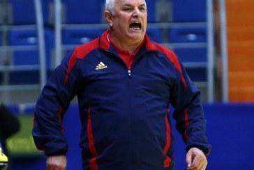S-A TĂIAT ÎN CARNE VIE – Gheorghe Tadici, suspendat 8 etape după ce și-a înjurat jucătoarele