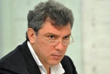 Liderul opozitiei ruse, impuscat mortal in centrul Moscovei