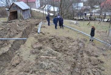 Borsa: Mai multe case afectate de o alunecare de teren