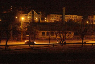 Golanii strazii: Morti de beti, au oprit masinile la intrarea in oras, agresand soferii