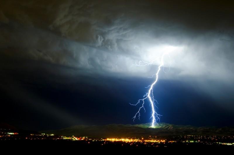 Ultima ora: ATENTIE! Furtuna revine in Maramures. Ce anunta meteorologii