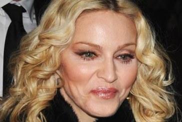 Madonna compara Franta actuala cu 'Germania nazista'