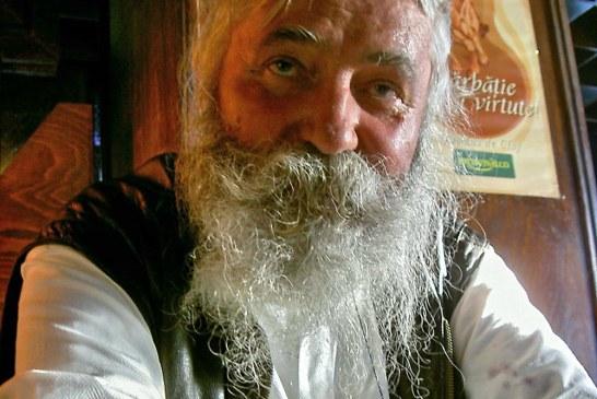 In memoriam: Interviu cu Mihai Olos. Artistul ar fi implinit joi 75 de ani