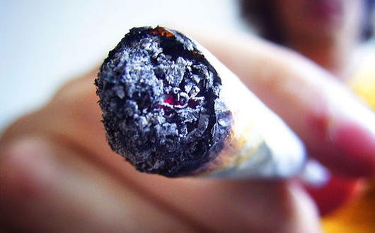 tigara-joint-droguri