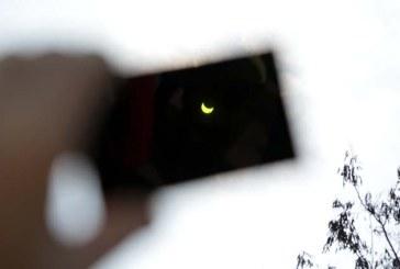 Cum s-a vazut Eclipsa de Soare din Baia Mare (FOTO)