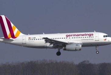 Prabusirea avionului A320: Unul din cei doi piloti, blocat in afara cockpitului