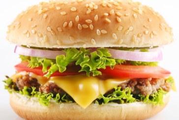 Un parfum cu miros de hamburger va fi lansat de 1 aprilie in Japonia
