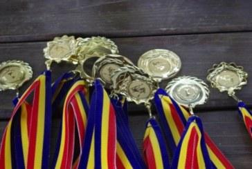 """Olimpici premiati la """"Gala Invatamantului Baimarean"""""""