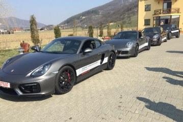 Baimarenii pasionati de cai putere testeaza masinile Porsche