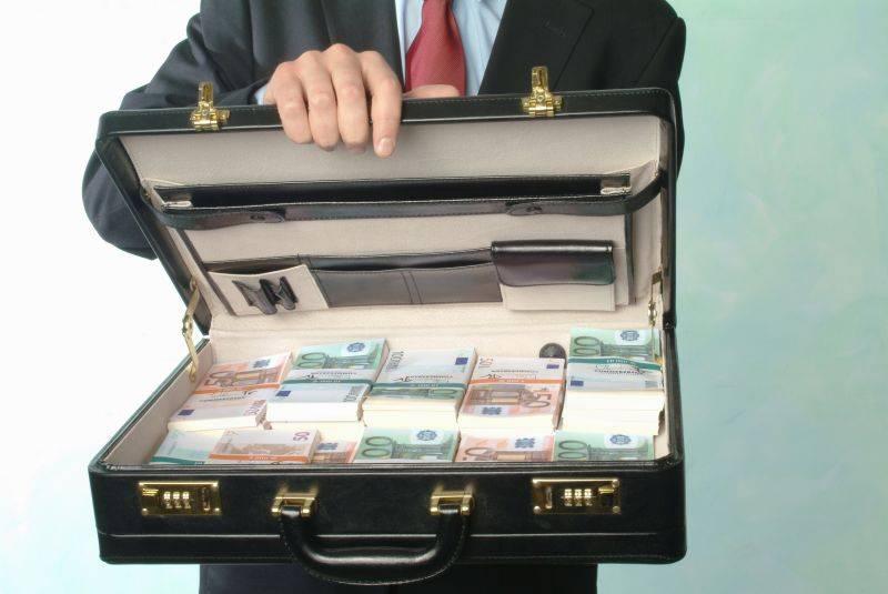 valiza cu bani