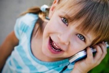 Varsta potrivita pentru a ne lasa copiii sa foloseasca smartphone-urile
