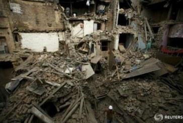 Nepal: Adolescent de 15 ani, scos in viata de sub daramaturi dupa cinci zile de la seism