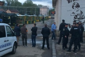 Un nou scandal in Piata Izvoare: Constantin Muresan, agresat fizic de Politia Locala (FOTO)