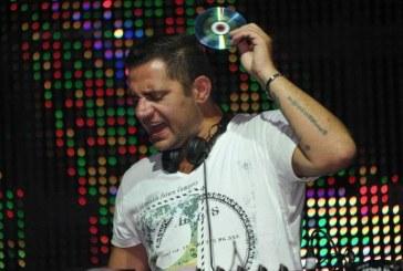 DJ Rosario Internullo te asteapta la un party incendiar, in pub-ul La Moustache
