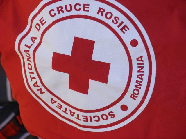 Voluntarii Crucii Rosii, prezenti la distractie, dar si la datorie!