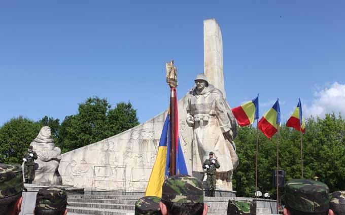 monumentul-ostasului-roman