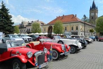 Zilele Maramuresului: Zeci de masini de epoca in Centrul Vechi din Baia Mare (FOTO)
