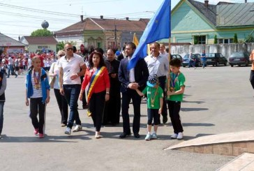 Tinerii social-democrati au continuat actiunile dedicate copiilor in Seini, Somcuta si Gardani