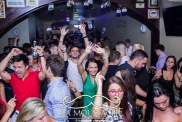 ZU Party in Baia Mare – Distractie la cote maxime, in localul La Moustache (VIDEO)