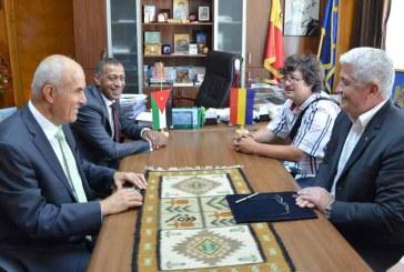 Ambasadorul Iordaniei, in vizita la prefectul judetului Maramures