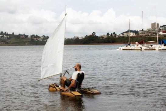 Un brazilian a creat bicicleta care poate merge si pe apa