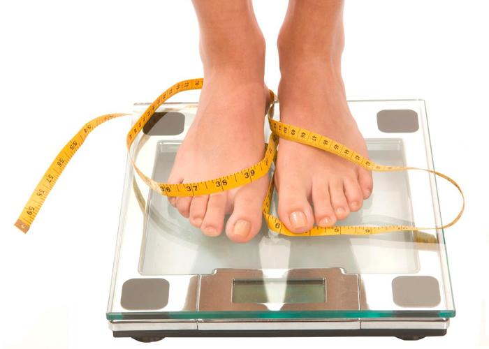 excesul de greutate trebuie să slăbească
