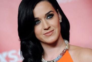 Katy Perry este cel mai bine platit artist din lume