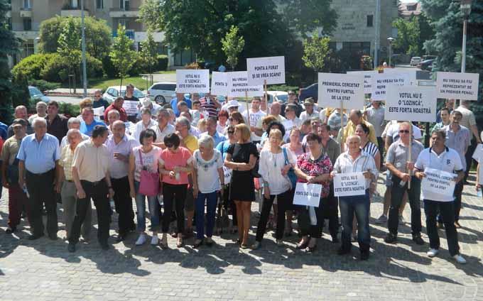 protest pnl (4)