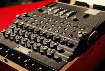 O masina Enigma s-a vandut la licitatie la Londra pentru suma de 231.187 de dolari