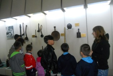 Copiii sustinuti de HHC Romania, in vizita la muzeele din judet