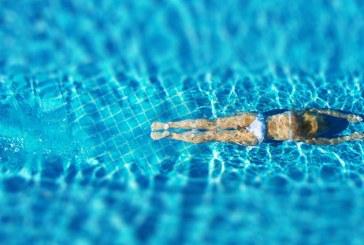 Cum te poti proteja de clorul din piscina