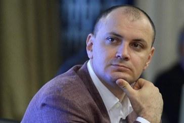 Sebastian Ghita vrea sa participe la procesele din Romania prin videoconferinta