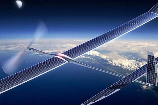 Facebook a construit o drona uriasa pentru a conecta la internet regiuni izolate de pe glob