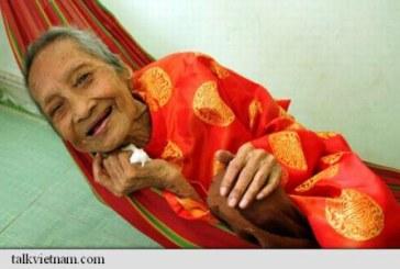 Linistea, alimentatia si dulciurile, secretele unei vietnameze in varsta de 122 de ani