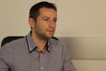"""Adrian Todoran: """"PSD vrea sa limiteze implicarea tinerilor in politica"""""""